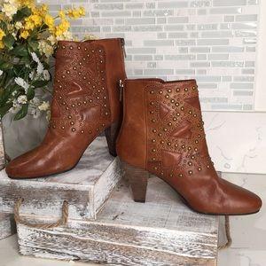 NWOT leather Nine West Vintage America ankle boots
